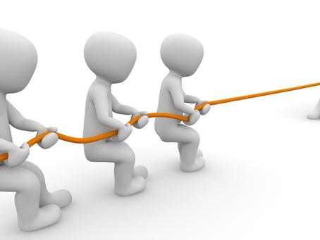 BAS ERP и 1С:Підприємство. Сотрудники VS Outsource.