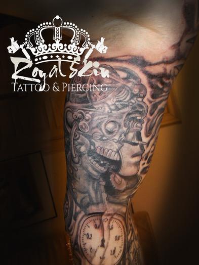 Berlin Royal Skin Tattoo 5.jpg
