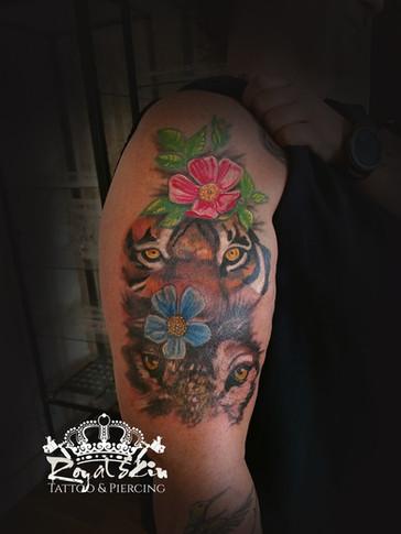 Royal skin tattoo 146.jpg