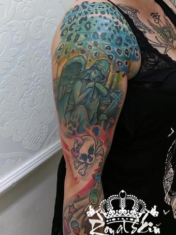Royal skin tattoo 130.jpg