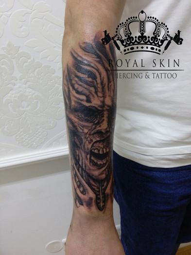 Berlin Royal Skin Tattoo 52.jpg