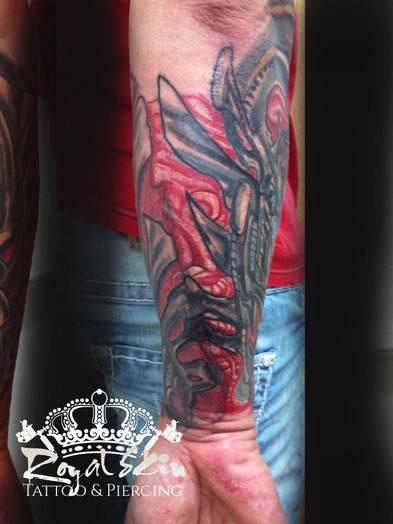 Berlin Royal Skin Tattoo 150.jpg