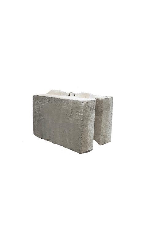 """V"" shaped Interlock Block | 2' x 2' x 2'"