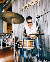 Peter MacInnis