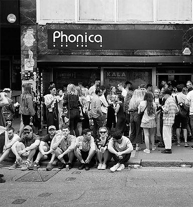 phonicaweb.jpg