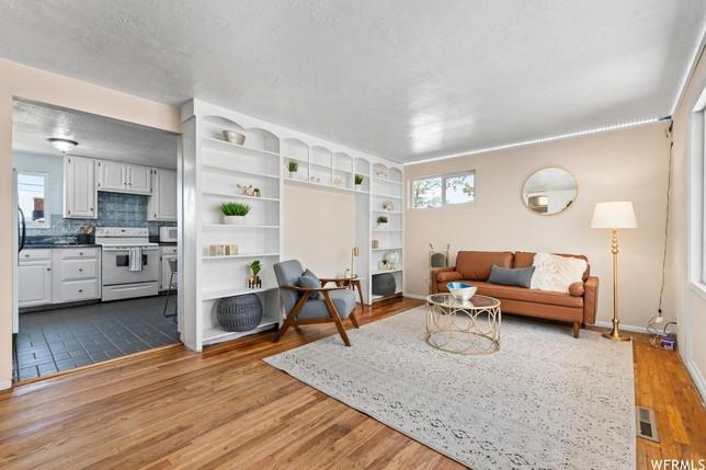 front room & kitchen.jpg