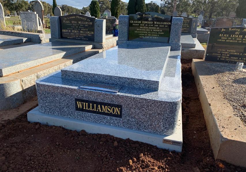 Williamson 4580.jpg