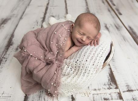 Kent Newborn photographer Jodie Donovan