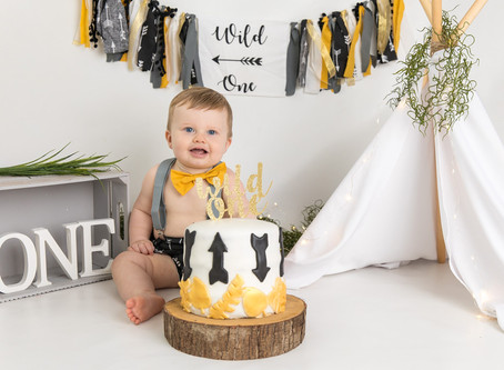 Cake smash and splash photography- Kent