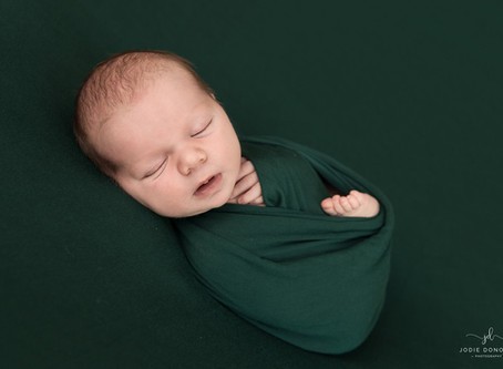 Kent newborn baby photographer- Jodie Donovan
