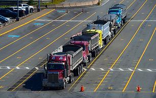 truck-3915066_1920.jpg