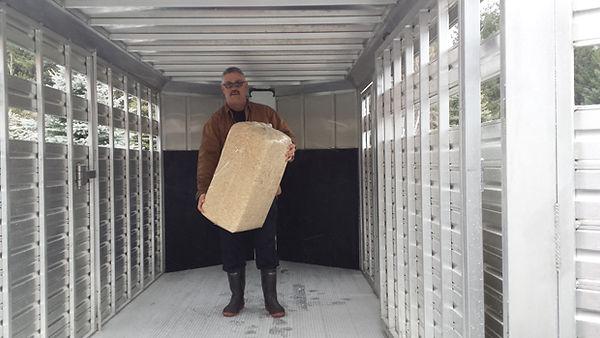 packaged-organic-wood-chips-02.jpg