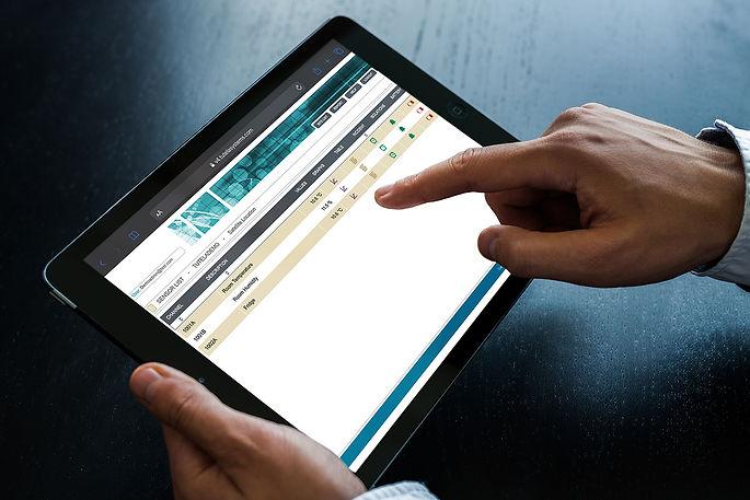 tablet-mockup.jpg