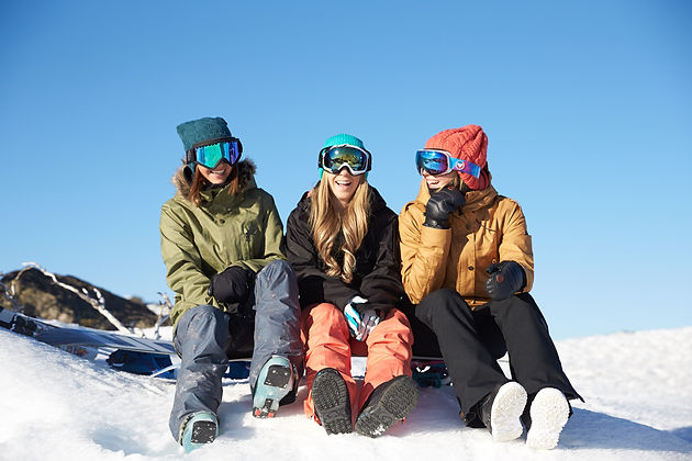 Ski and Snowboard Australia. Image provided by Perisher Blue Resort