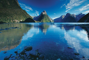 L161-Milford-Sound-Fiordland-Rob-Suisted