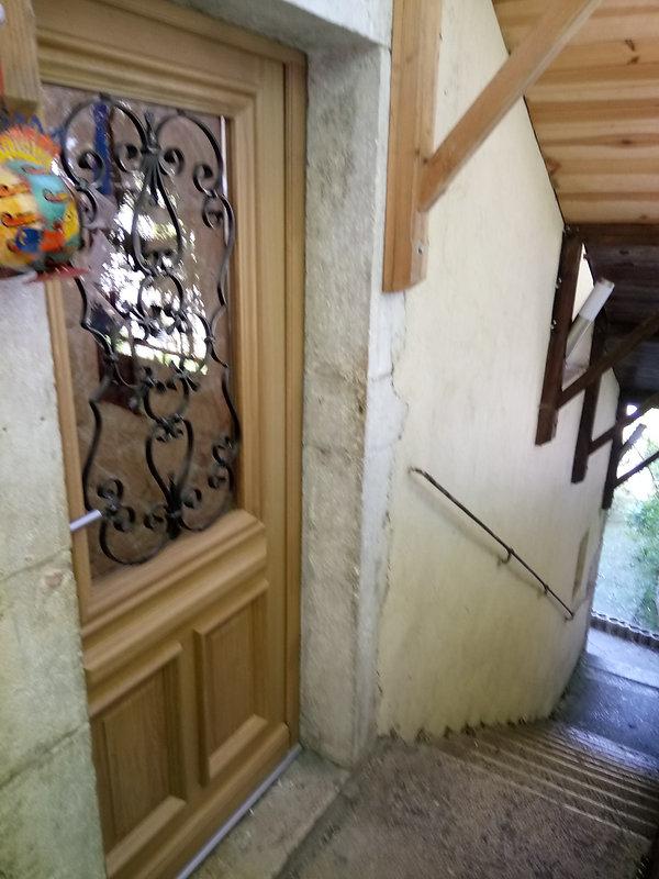 porte d'entrée chêne massif