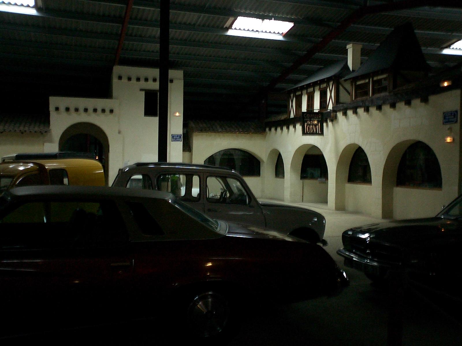 Place centrale du Musée