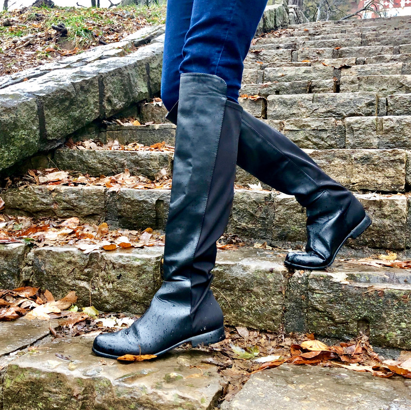 These chic leather boots instantly elevate any look!