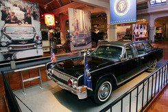 The-Kennedy-Limousine-inside-Henry-Ford-
