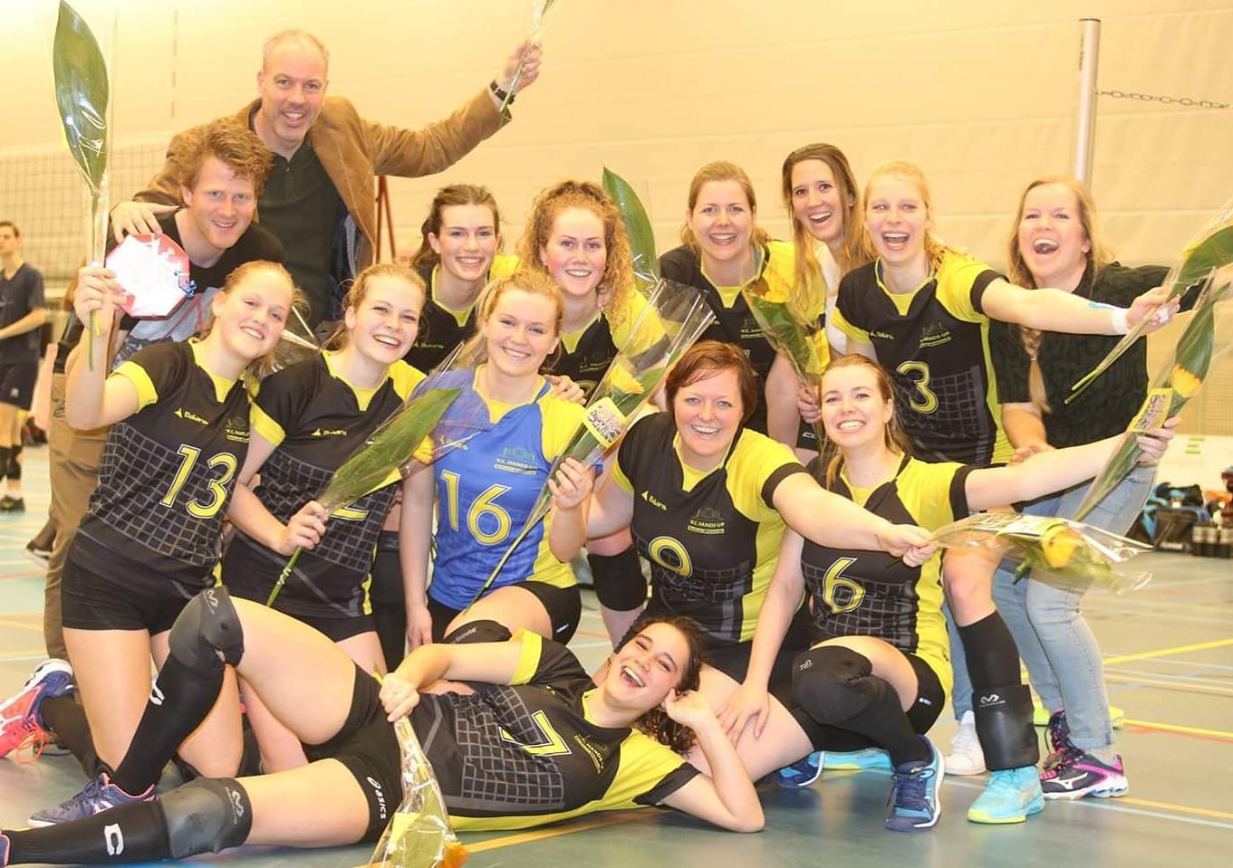 Hands-Up dames 2 kampioen