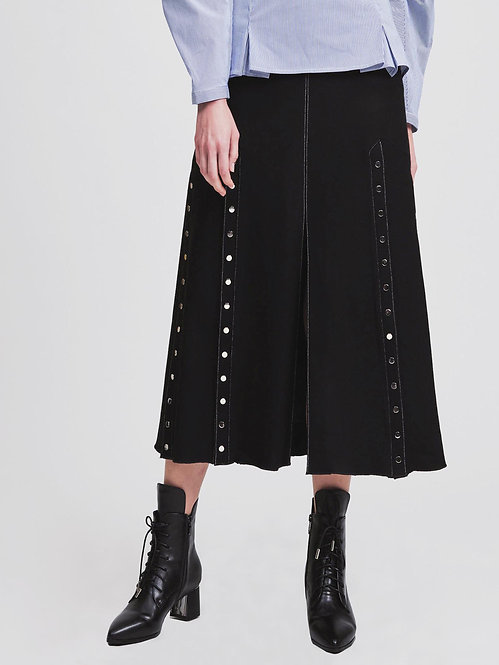 Snapped Slit Skirt