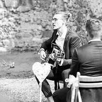 Felix Hahnsch als Hochzeitssänger bei einer freien Trauung in Hannover
