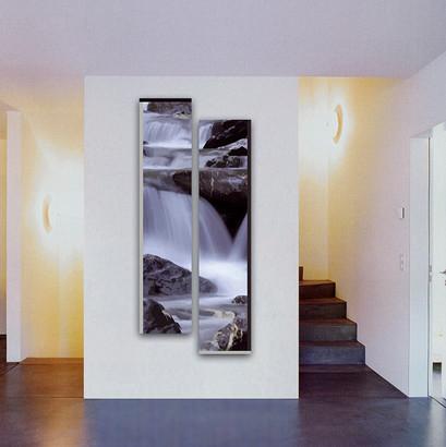 Wasserfall im Raum