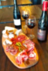 Planche Pradaous & Vin rouge.jpg