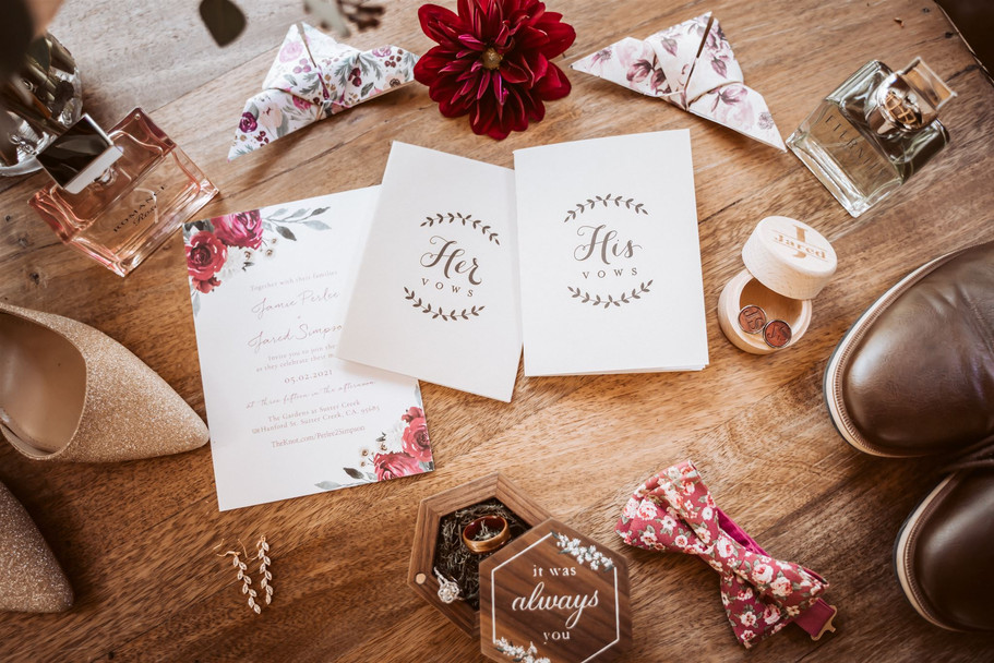 A flat lay of wedding details for the wedding