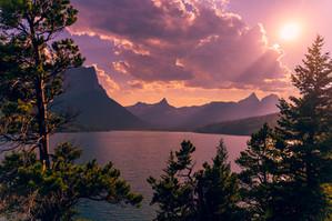 sunset-at-glacier-national-part