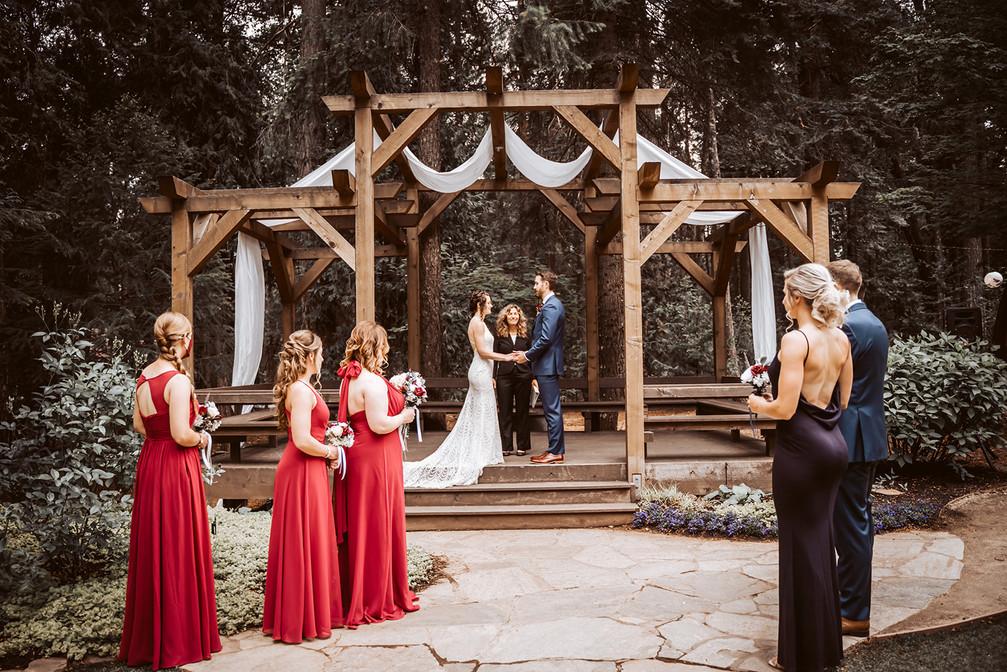 Wedding ceremony at Harmony Ridge Lodge in Nevada City, CA