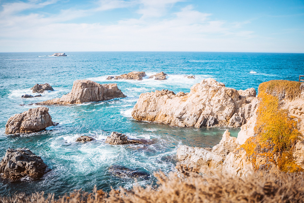 The water and cliffs of Big Sur one of the best place to elope in California