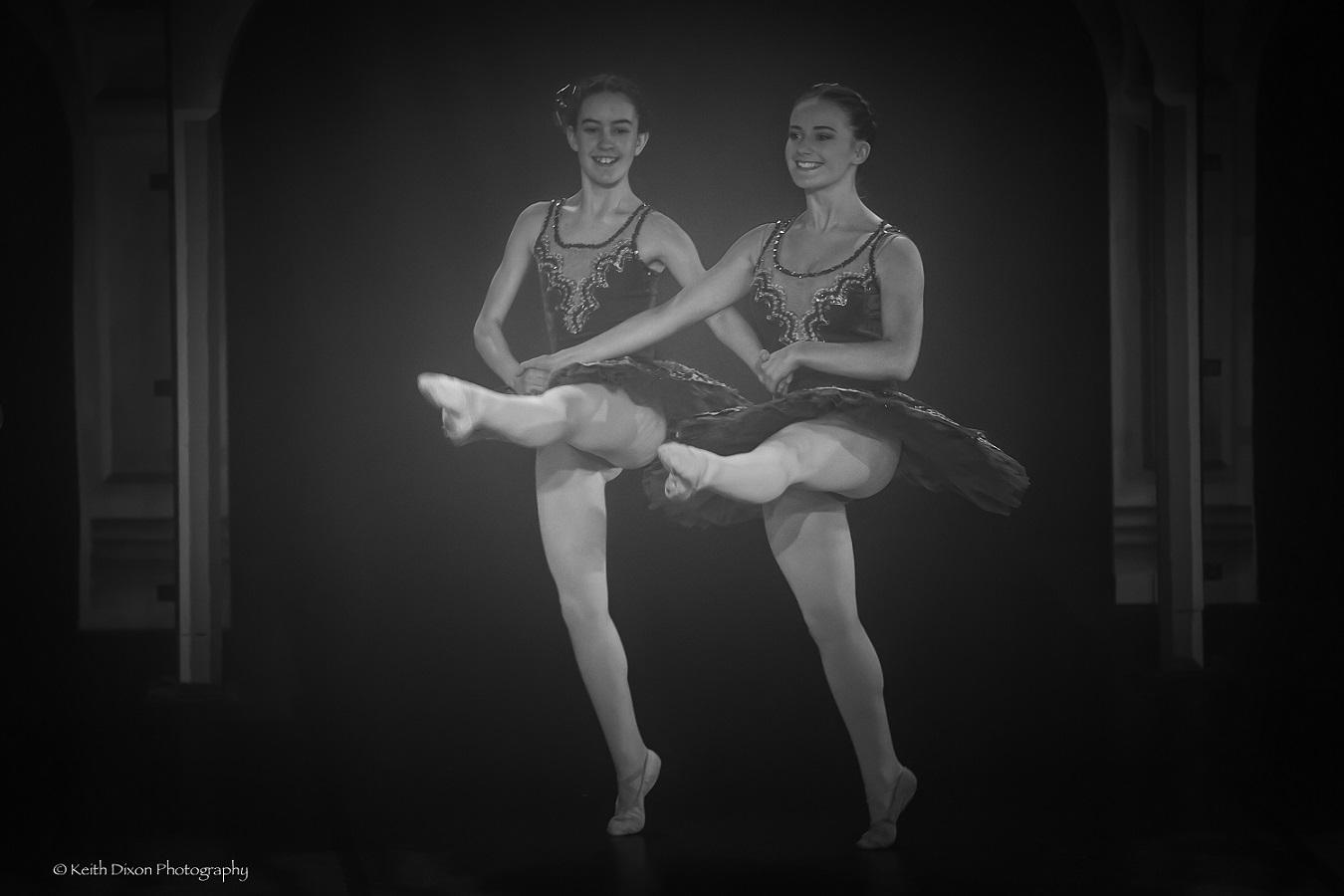 Pas De Trois Aoibh and Sarah