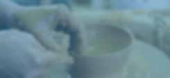 Keramiek draaien op de pottenbakkersschijf