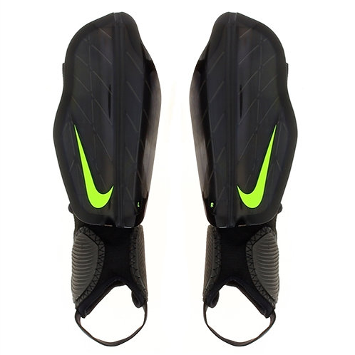 Canilleras Nike SP0314-010
