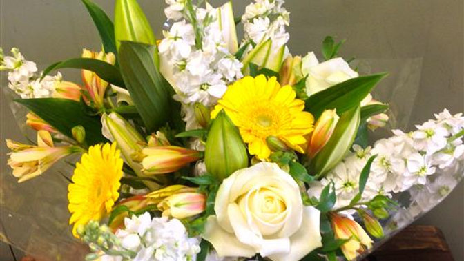 Bright Light bouquet