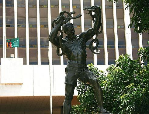 1000px-Freedom_statue.jpg
