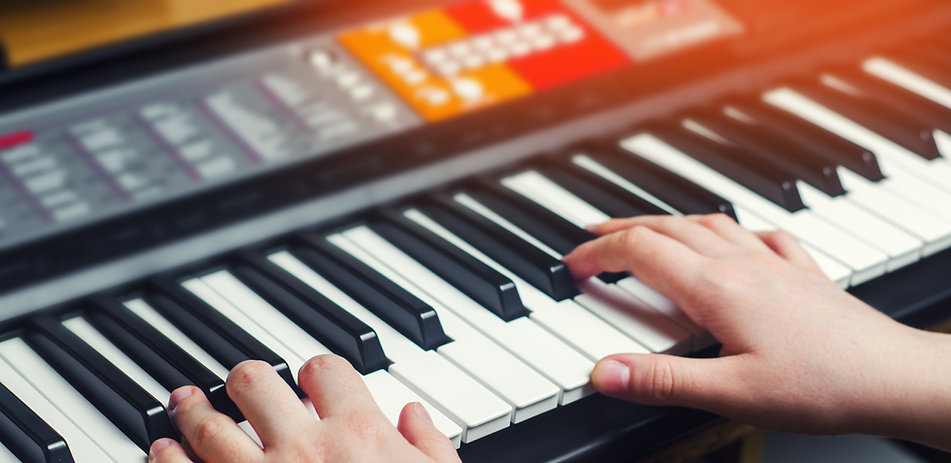 close-up-music-performer-s-hand-playing-