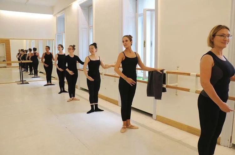 Ballett mit Katerina im Saal