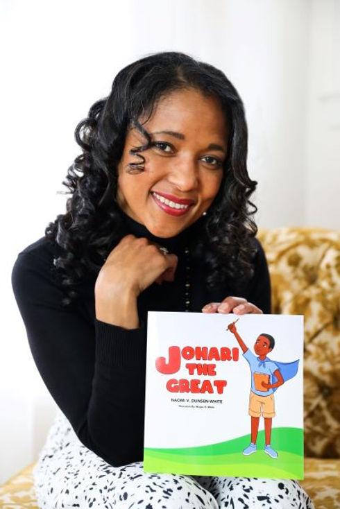 Author Naomi V Dunsen-White 2 THUMBNAIL.