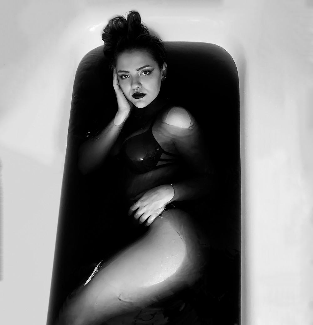 Foto in der Badewanne Schwarz/Weiss