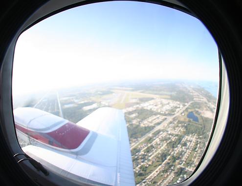 Airline pilot programmes