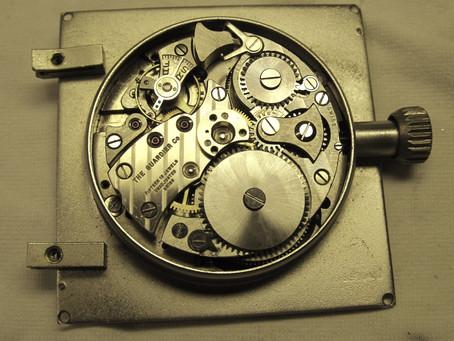 Wer kann mir zu diesem Uhrwerk Auskunft geben?