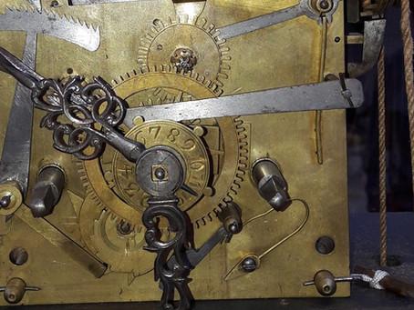 Wer kennt dieses Uhrwerk? | Qui connaît ce mouvement?