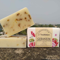 handmade-geranium-bar-soap-touch-nature.
