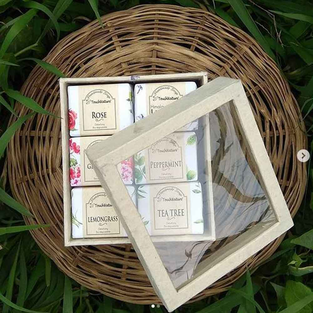handmade-soap-rose-lemongrass-tea tree-l