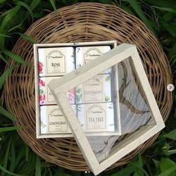 handmade-soap-rose-lemongrass-tea tree-l
