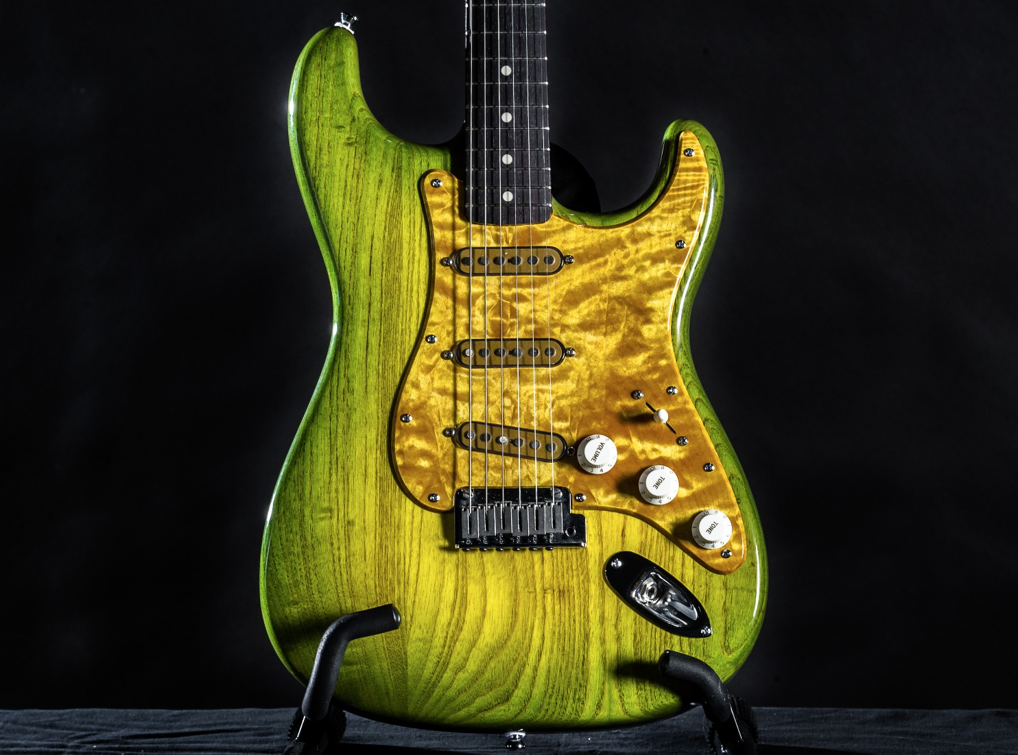 GuitarSpa-Memphis-002-DSC_7830_edited