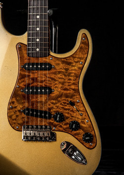 PhilipMurphy-Memphis-guitarSpa-17_edited