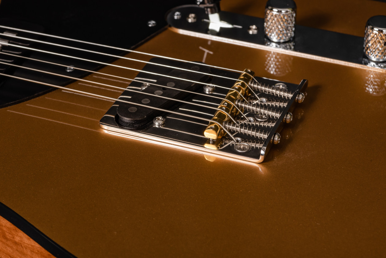 POWER T in GOLD